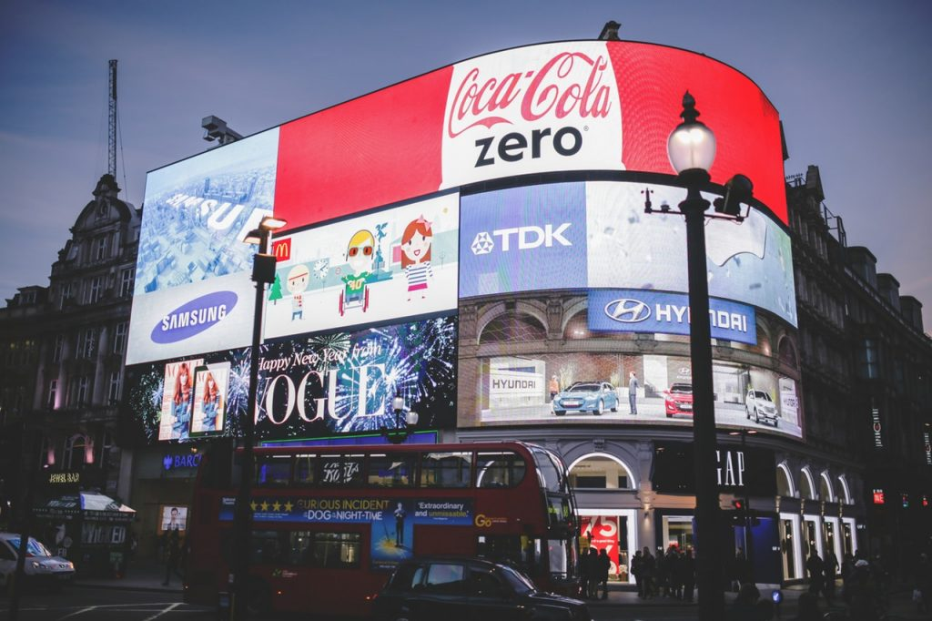 Piccadilly circus london digital signage